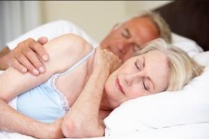 Trastornos en el sueño se manifiestan con ronquidos que se acompañan de obstrucción respiratoria y despertares frecuentes.