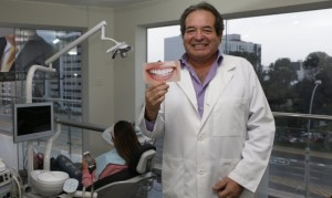Jesús Ochoa, creador de 'Multident', afirma que la razón de su negocio es su majestad, 'el cliente'.