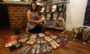 Alejandra Hovispo empezó diseñando para sus amigas de la universidad. Renunció a su trabajo en una conocida empresa para poner su propio negocio.