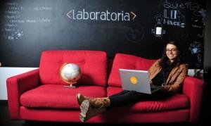 Mariana Costa deslumbró a Obama y al dueño de Facebook