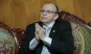 El fiscal anticorrupción Walter Delgado Tovar pedía facultades para investigar en caso 'narcoindultos' a Alan García. José Peláez Bardales lo archivó.