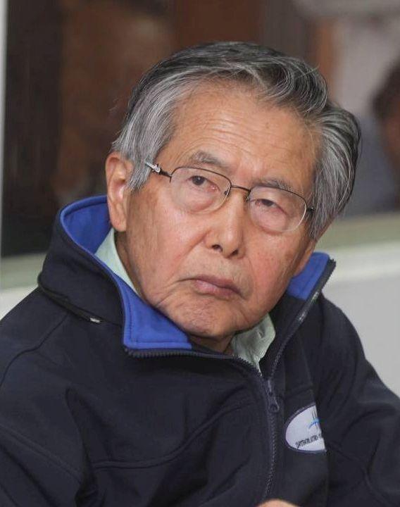 Dos de sus asiduos visitadores de Alberto Fujimori  fueron involucrados en casos de narcotráfico y explotación sexual infantil.