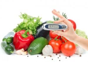 Una persona diabética puede  controlar el nivel de azúcar gracias a su tipo de alimentación.