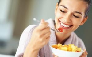 Una alimentación equilibrada permite no solo afrontar las diferentes etapas en la vida de la mujer.