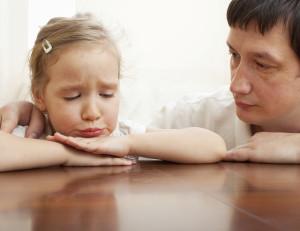 Las complicaciones en informar a los hijos de la decisión de divorciarse debe ser asumidas de formas específicas.